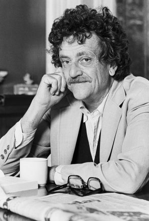 Kurt Vonnegut Kaynak:blog.history.in.gov